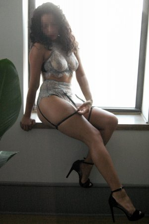 Daphna live escort in Stockbridge
